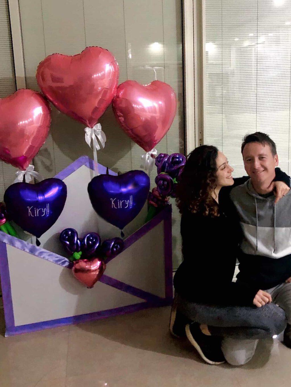 זר בלונים רומנטי מכתב אהבה זוג מאוהב